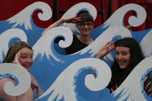 Seaside Sisters in theatrical waves onboard LV21