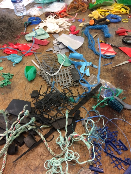 Sorting plastic